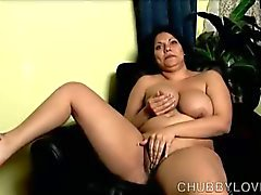 Busty latina bbw strips in no restrains solo show