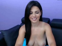 babe krinna flashing boobs on live webcam