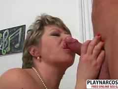 Big tits Milf Donna Marie Gives Blowjob Hot Touching Friend