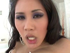 Gorgeous Asian swallows cumload after bang session