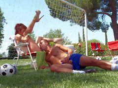 Busty redhead MILF Taylor Wane gets banged outdoors