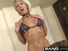 bang: Hot double penetration clamps with Smoking Hot Milfs